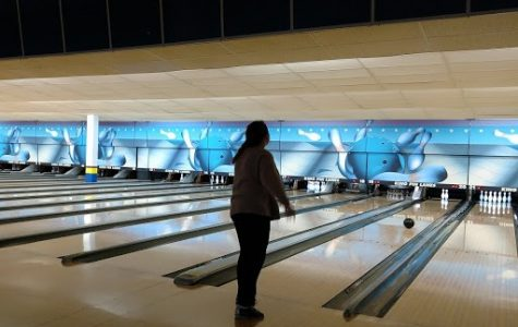 French Club Hits the Bowling Alley
